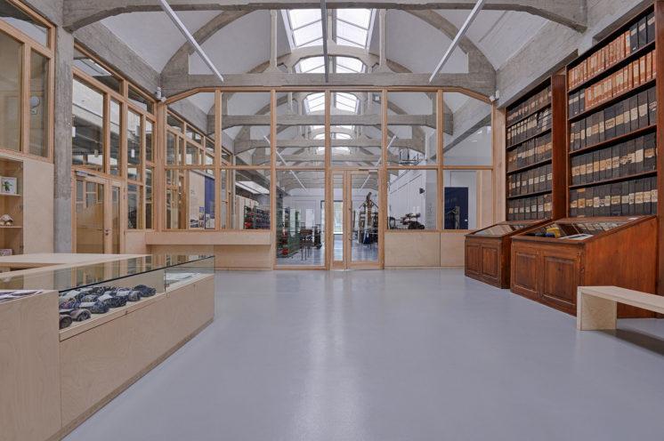 Agencement et menuiserie du musée Proplan de l'industrie textile par Vallon Faure