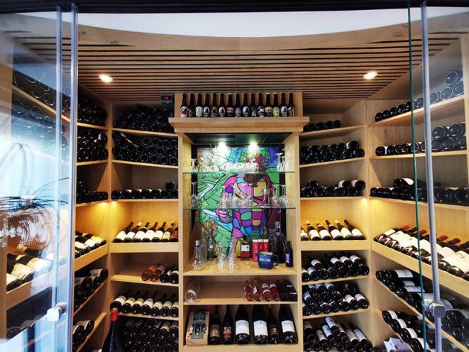 Image à la une de la cave à vin aménagée par Vallon Faure près de Valence