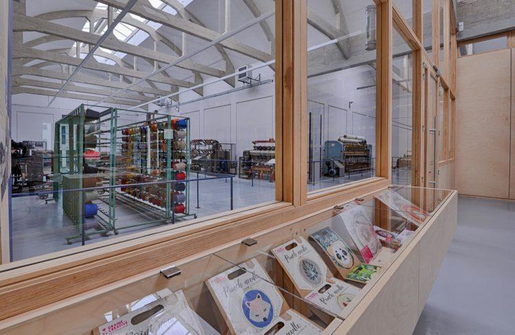 HEADER, reconversion de l'usine proplan en musée de l'industrie textile à Vienne par Vallon Faure