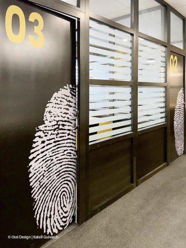 Porte customisées avec une empreinte digital
