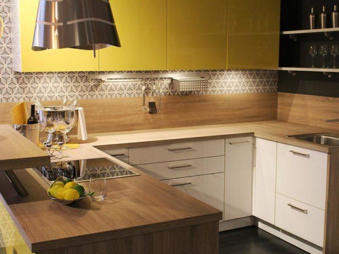 Agencement sur-mesure dans une cuisine en bois par Vallon Faure